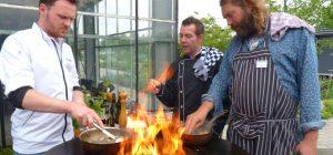 Chef-koks koken op Kwekerij Zonnemaire