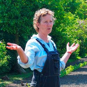 Dieneke Klompe vertelt over het boerenleven op Kwekerij Zonnemaire