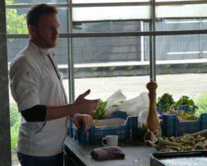 Een van onze bijzondere workshops is koken met professionele chefkoks, bijvoorbeeld met Wouter Kik.